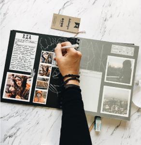 photobook giấy nhựa